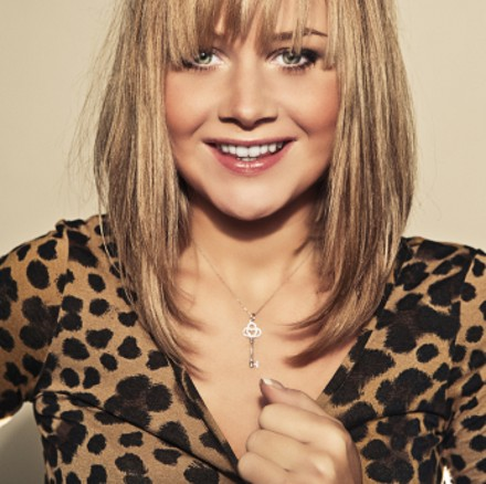40 Best Medium Straight Hairstyles and Haircuts  Stylish