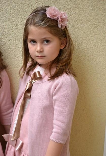 Короткие прически для девочек на выпускной 4 класс фото материалы
