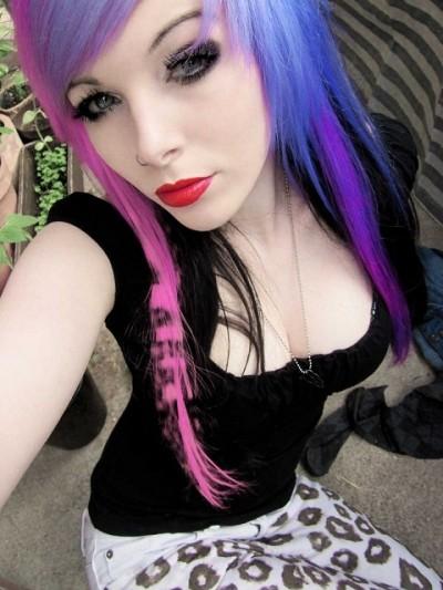 Девушки-Эмо и их разнообразные окрашивания волос фото и видео подборка