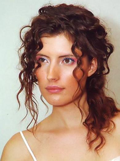 Распущенные Прически на Кудрявые и Накрученные волосы фото и видео идеи
