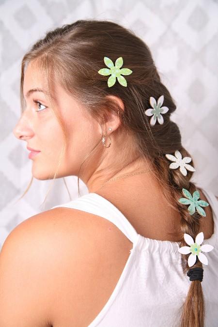 Свадебные Прически На Длинные Волосы С Цветами, Цветочками Или Одним Большим Цветком Фотографии Супер Невест