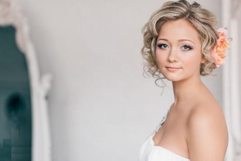 Прически на свадьбу для коротких волос фото красивых вариантов