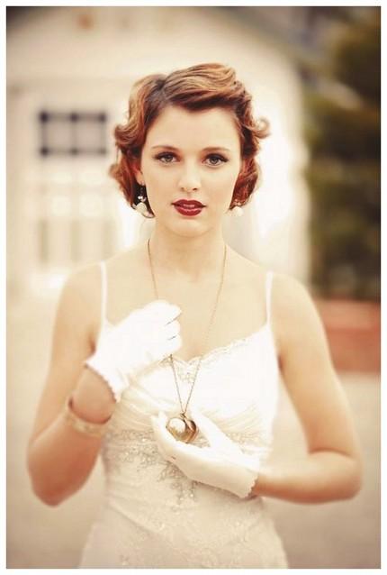 Винтажные короткие прически для изысканных невест фото обзор