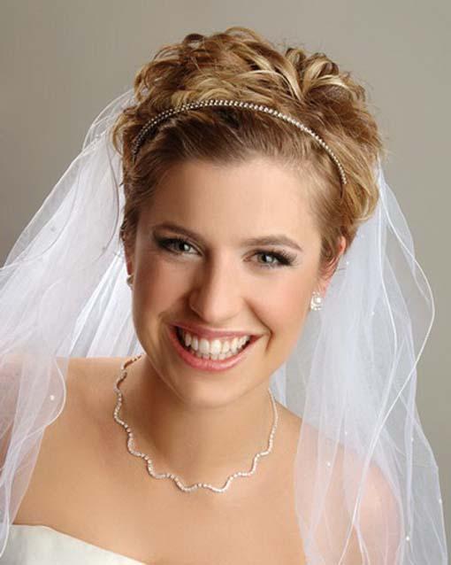 Свадебные Прически на Короткие Волосы с Диадемой фото