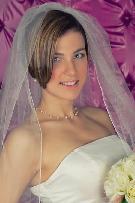 Свадебные Прически на Короткие стрижки с Фатой фото