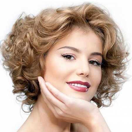 Короткие прически для тонких волос фото снимки